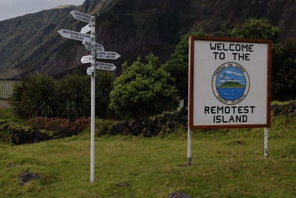 1267379-The-Remotest-Island-0