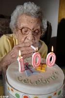 Winnie Langley começou a fumar em 1914. Apague essa idéia!